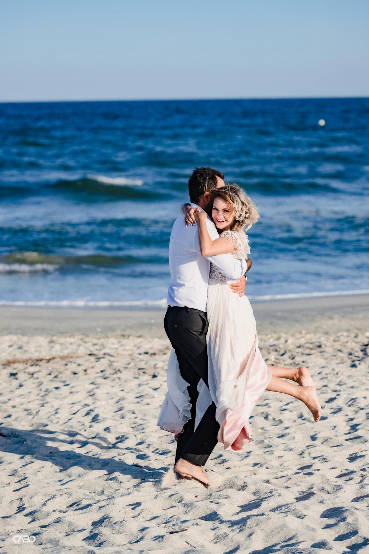 distractie la mare pe plaja Vadu